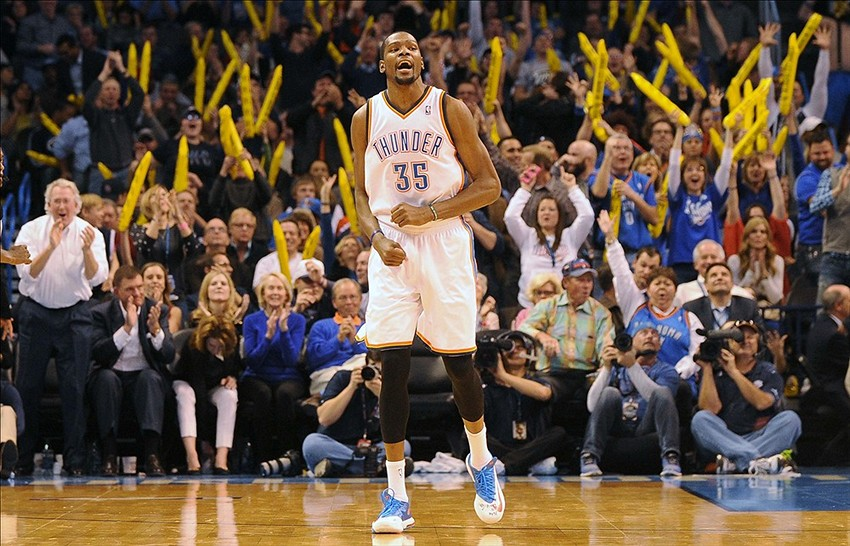 4f9e57ca9ff Oklahoma City vs. Golden State Final  Durant Puts Up Career-High 54 ...