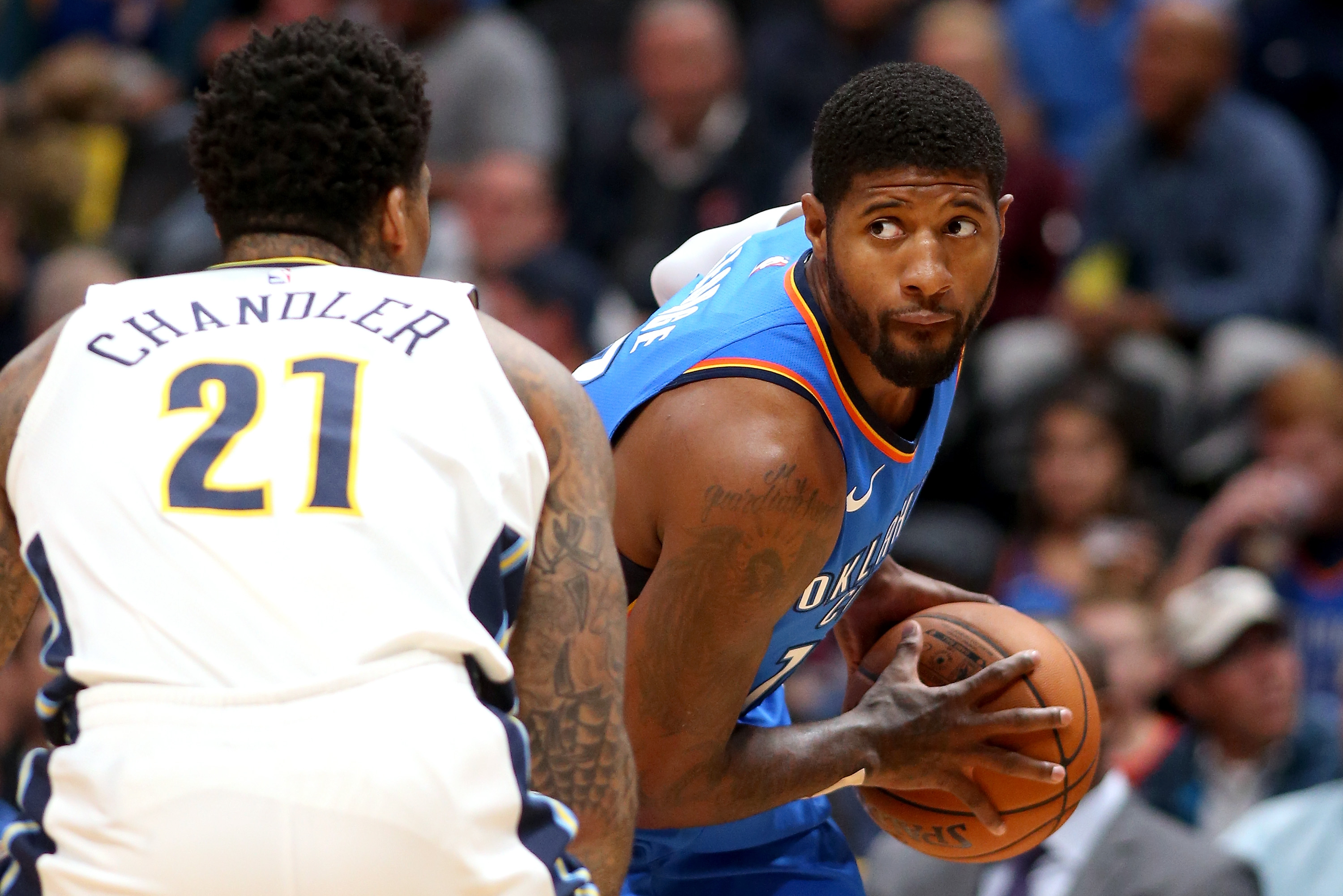 Controversial call leads Thunder past Nuggets